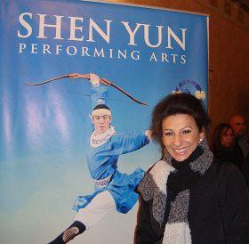 2011-11-2-minghui-nj-shenyun-01--ss.jpg