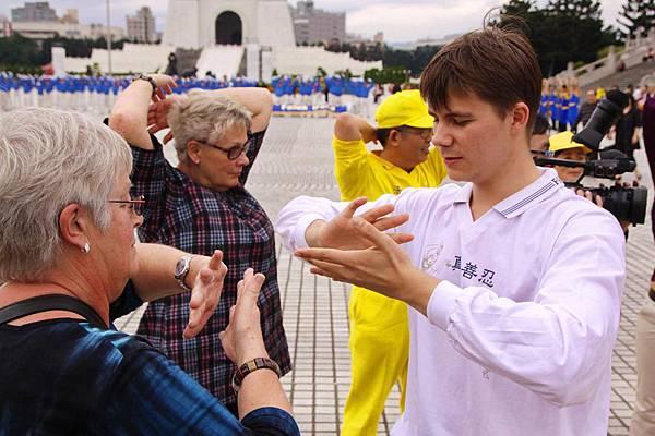 2011-11-26-cmh-taiwan-paizi-04.jpg