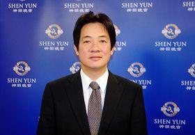 2012-3-12-cmh-shenyun-tw-05