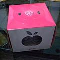 蘋果年輪蛋糕的外盒,很有質感