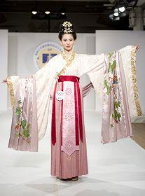2010-10-17-hanfu-competition-05--ss.jpg