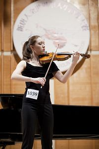 2010-11-1-violin-competition-05--ss.jpg