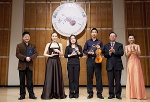 2010-11-1-violin-competition-01--ss.jpg