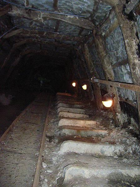 五十年代的探煤痕跡-巴巴坑道-2