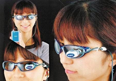 眼鏡上看電影-Teleglass 視像眼鏡-3.jpg