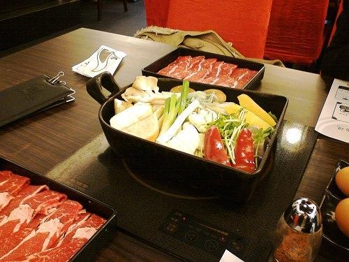 不一樣的日式火鍋-鋤燒(壽喜燒)-1.jpg