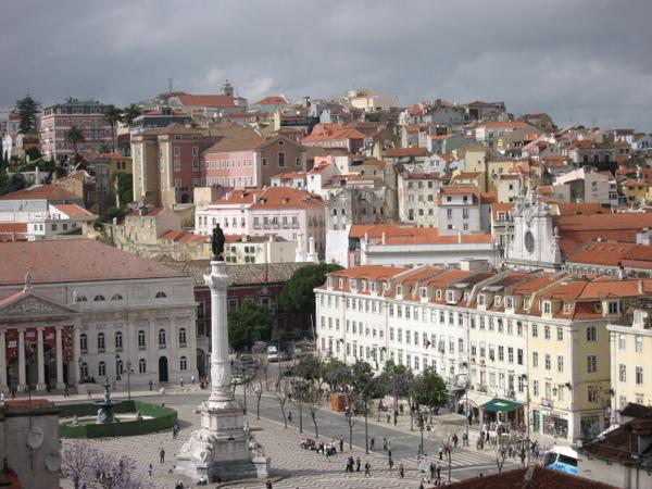 羅斯歐廣場 Praca de Rossio~~ 像極了魔女宅急便中飛行船降落的廣場