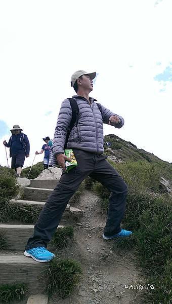 爬山-1.jpg