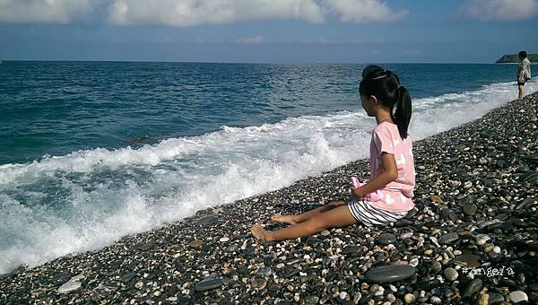 喜歡海的均均.jpg