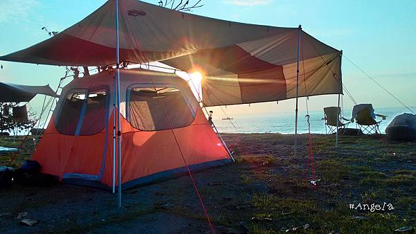 早晨的帳篷.jpg