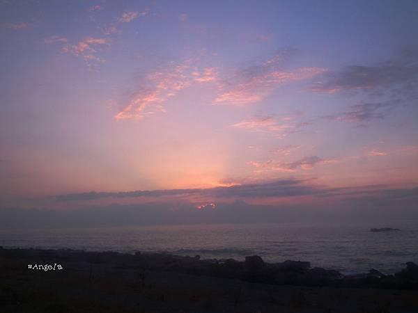 日出前.jpg