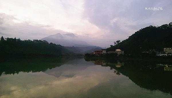湖景.jpg