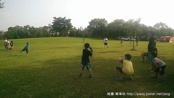 打棒球.jpg