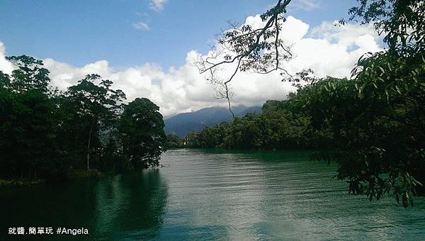 湖面景色.jpg