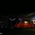 夜晚的帳篷.jpg