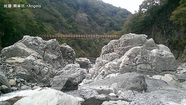 河床景色-2.jpg
