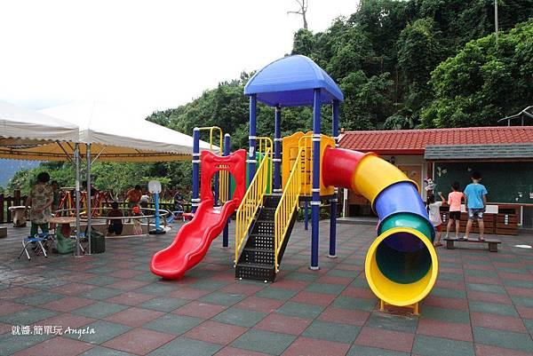 遊樂設施-.JPG