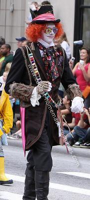 coolest-homemade-johnny-depp-mad-hatter-costume-13-21154495.jpg