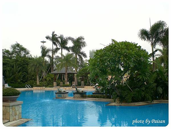 財神酒店的游泳池
