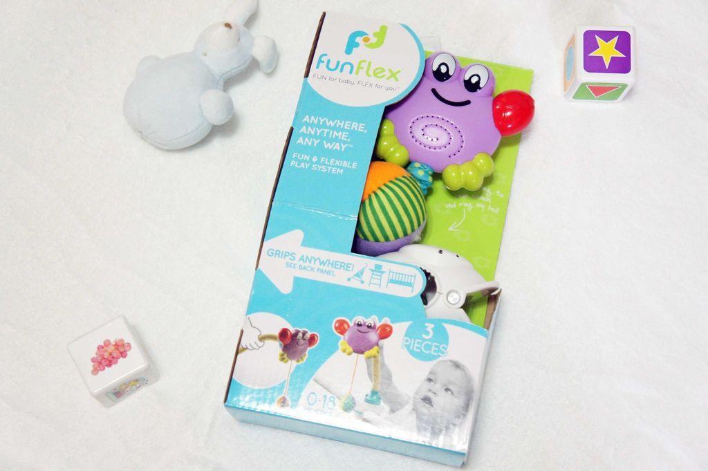 怎麼跟新生寶寶互動呢?逗寶寶笑推薦安撫玩具FunFlex彎彎任意夾搖鈴
