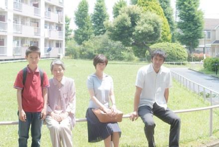 日本電影《比海還深》2.jpg