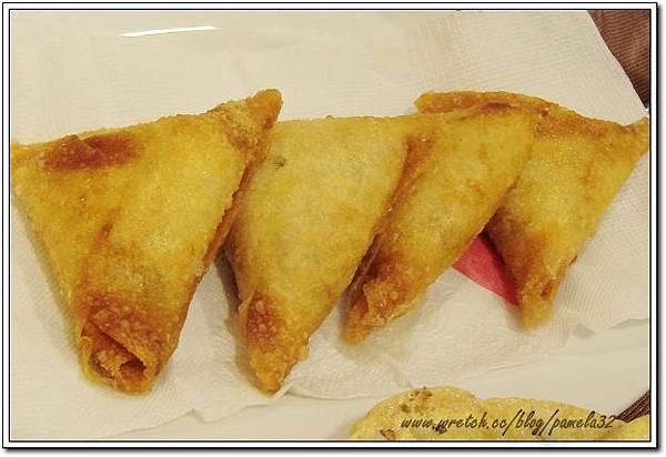 坦都印度餐廳-咖哩餃$120