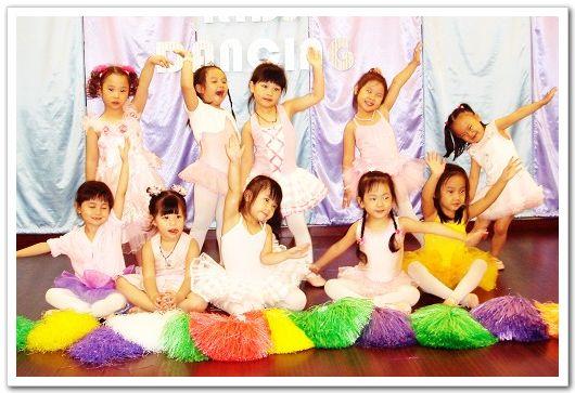 4.5歲舞蹈發表1.jpg
