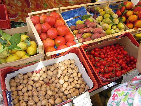 水果非常多樣美麗