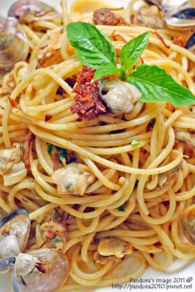 蛤蠣XO醬義大利麵