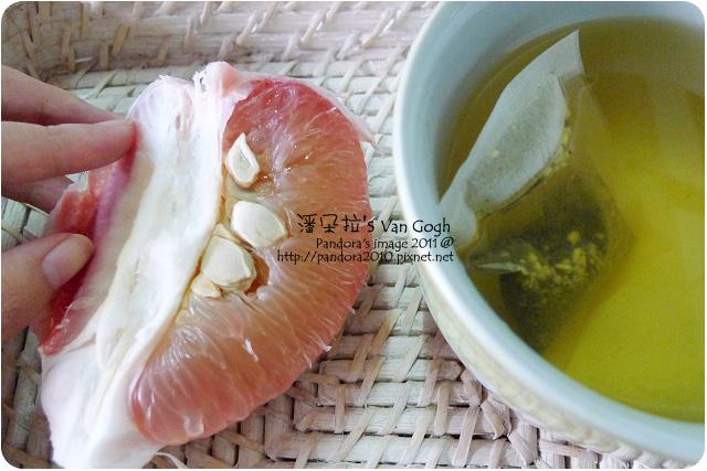 2011.10.18-(TAIHAO)人蔘烏龍茶、西施柚