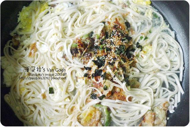 2011.10.22-絲瓜煎餅營養麵
