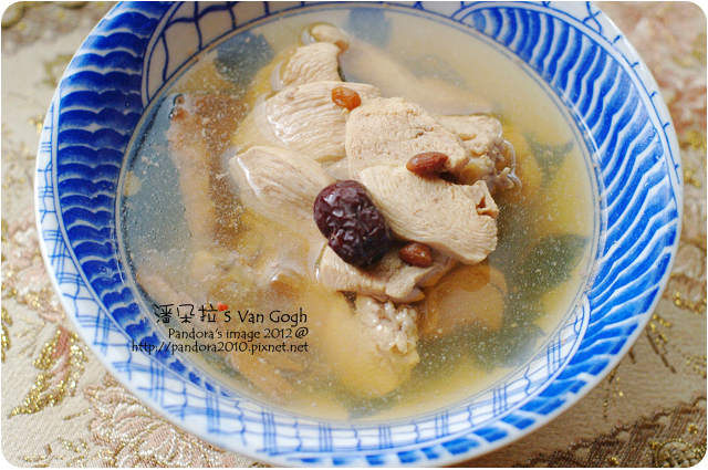 2012.01.22-四物雞湯(雞胸肉)