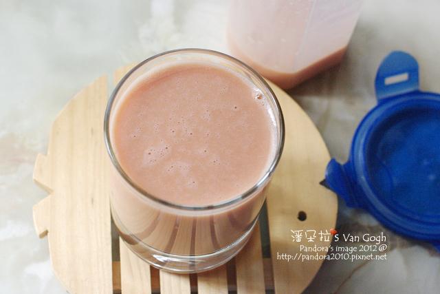 蕃茄乳酸蛋蜜汁