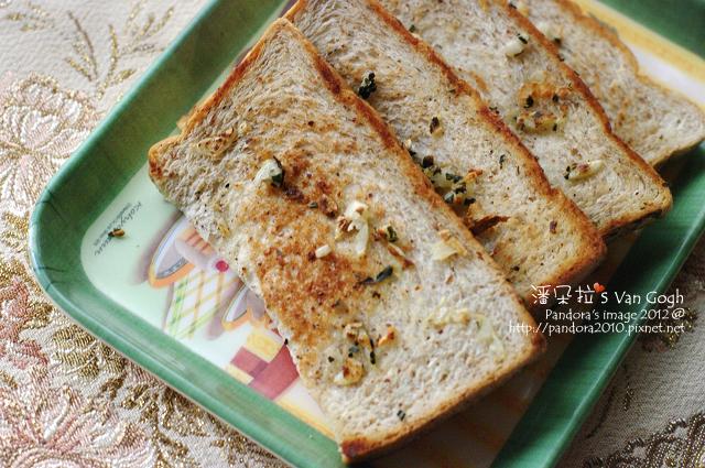 2012.02.25-羅勒蒜味吐司