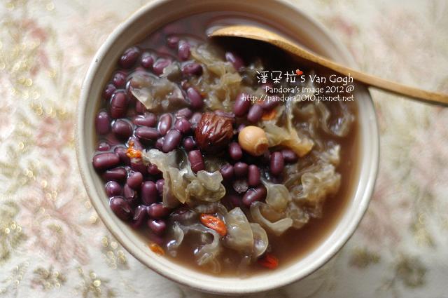 2012.02.25-雪耳蓮子紅豆湯