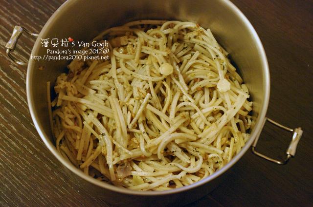 2012.02.26-香鬆橄欖油拌十榖蕎麥麵