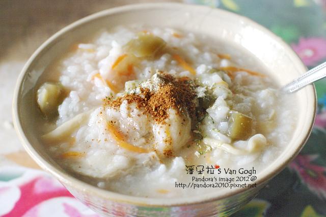 2012.03.31-稀飯(秀珍菇、小菜心、胡蘿蔔)
