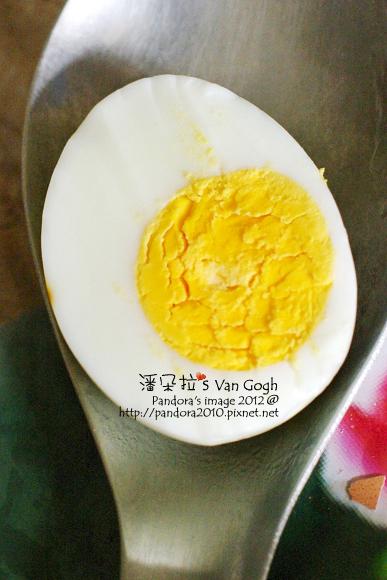 2012.04.03-用電鍋煮的水煮蛋