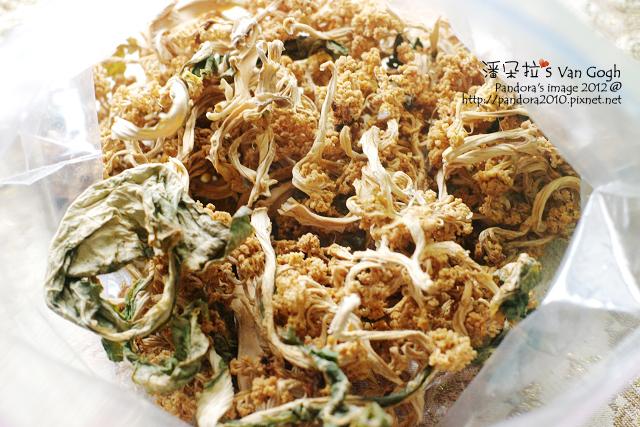 櫻桃喵親手製作的花椰菜乾