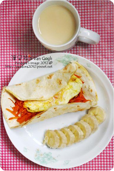 2012.06.19-(統一)原味減糖多多、胡蘿蔔起司蛋捲餅、香蕉