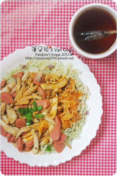 2012.06.29-奶油蕃茄十穀蔬菜麵、(天仁)菊花普洱茶