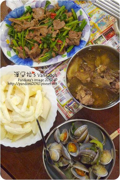 2012.07.07-菠菜炒牛肉、燒酒雞、蛤蠣絲瓜湯、涼筍