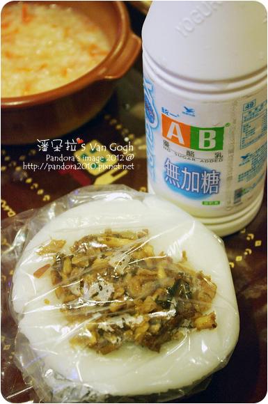 2012.07.07-水粄、(統一)AB無糖優酪乳、胡蘿蔔雞精粥