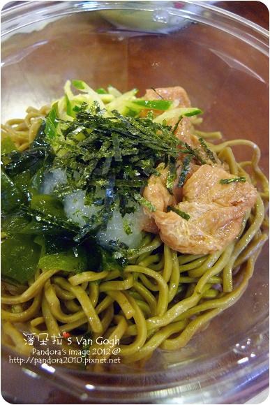 2012.07.19-(7-11)豆皮抹茶蕎麥麵
