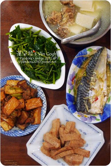 2012.07.19-山藥排骨湯、(台糖)安心豚-松阪豬肉、醬燒豆乾、炒皇宮菜