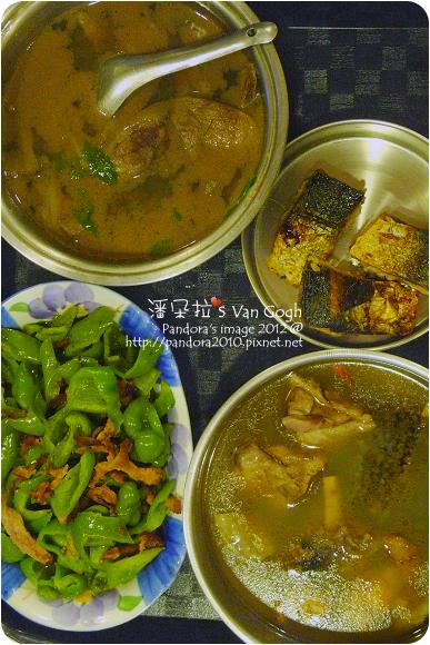 2012.08.02-米血糕、豬肝湯、鹹魚、炒青椒