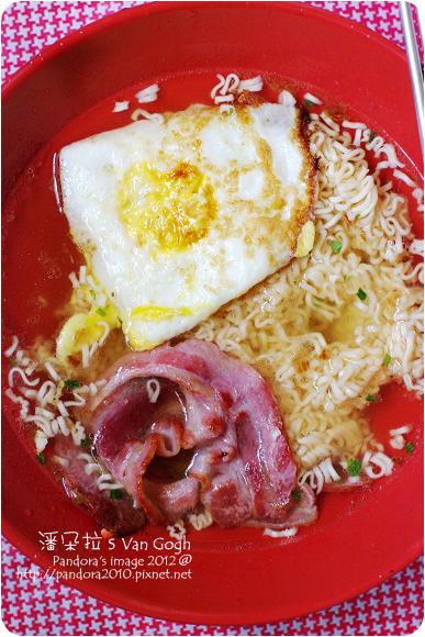 2012.08.12-培根蛋+(統一)肉燥麵