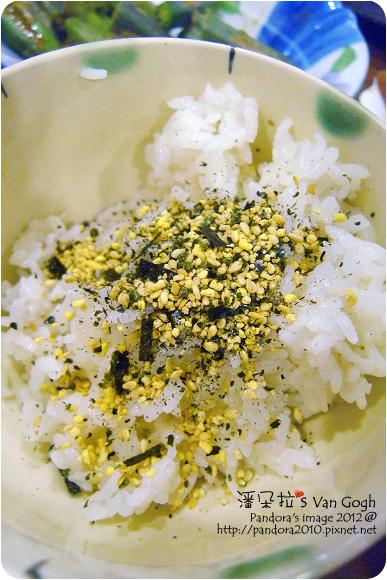 2012.08.14-米飯+(小磨坊)味什麼海苔香鬆