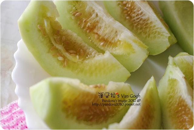 自家農場。溫室美濃蜜香瓜