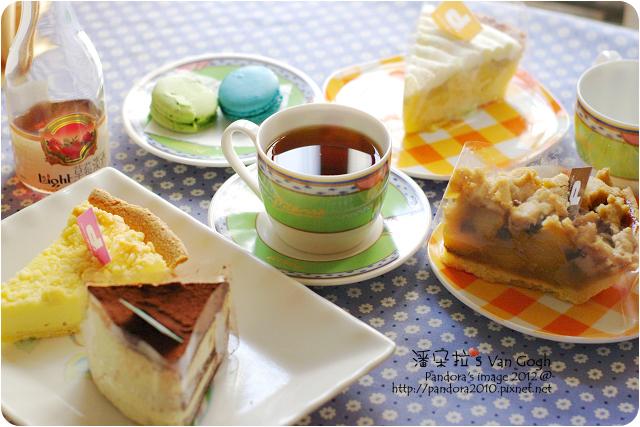 2012.09.01-(Room 4 Dessert)甜點組、草莓淡酒
